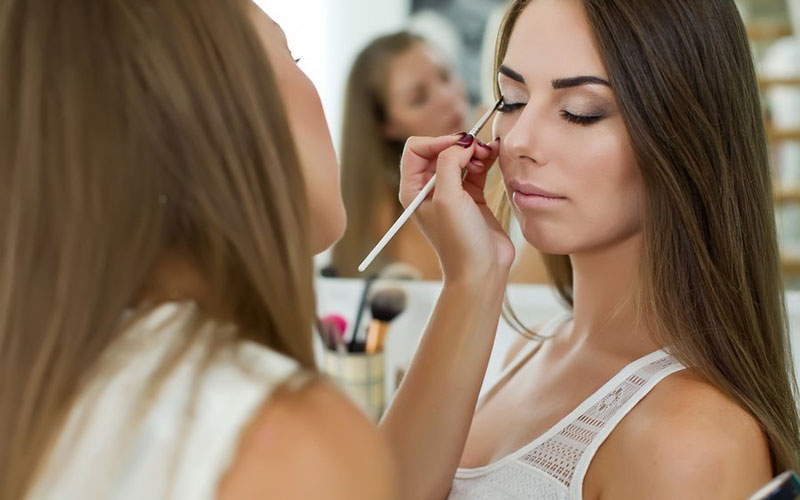Dy-Fit-Make-Up